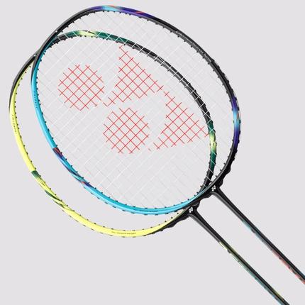 Badmintonová raketa Yonex Astrox 2, black/blue