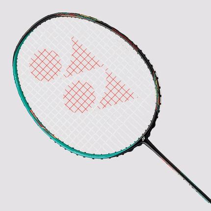 Badmintonová raketa Yonex Astrox 88 S